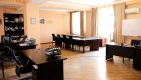 For Rent 5 room  Office in Saburtalo