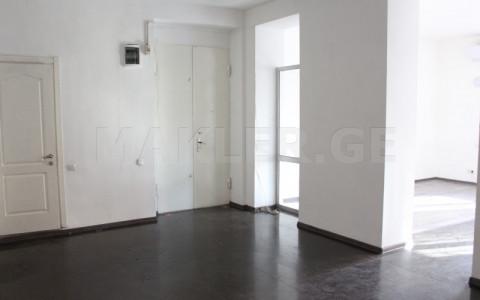 Сдаётся 2 комнатная  Офис в Ваке  на пр. И. Чавчавадзе