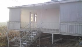 Продается 4 комнатная  Загородная недвижимост на Мтацминда