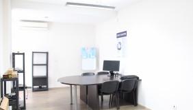 Сдаётся 7 комнатная  Офис в Ваке