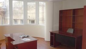 Продается или Сдаётся 2 комнатная  Офис на Мтацминда