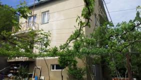 Продается или Сдаётся 8 комнатная  Частный дом в Ваке