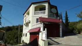 Продается или Сдаётся 8 комнатная  Частный дом на Сабуртало