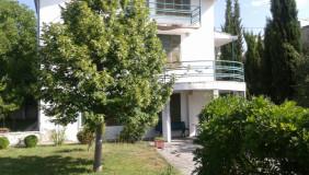 Продается 8 комнатная  Загородная недвижимост на Мтацминда