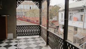Продается 5 комнатная  Частный дом в Чугурети