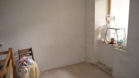 Сдаётся 4 комнатная  Офис в Чугурети