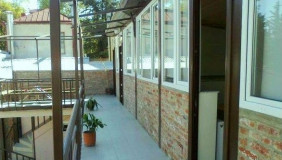 იყიდება 600 m² ფართობის კომერციული ფართი ჩუღურეთში