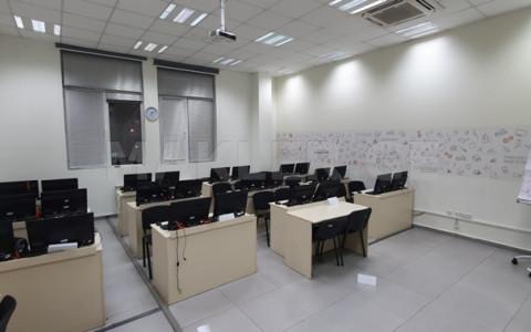 ქირავდება 25 ოთახიანი  ოფისი დიდუბე  ა.წერეთლის გამზირზე