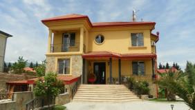 Сдаётся 10 комнатная  Частный дом на Сабуртало