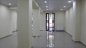 Сдаётся 100 m² площадь Коммерческая площадь в Ваке