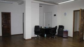 Сдаётся 4 комнатная  Офис на Мтацминда