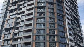Satılık veya Kiralık 200 m²  İşyeri in Saburtalo