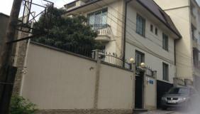 Продается 8 комнатная  Частный дом на Сабуртало