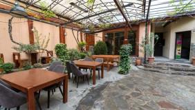 Сдаётся 400 m² площадь Коммерческая площадь на Мтацминда