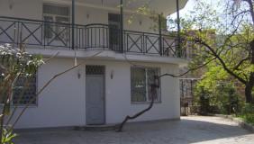 Сдаётся 4 комнатная  Частный дом в Ваке
