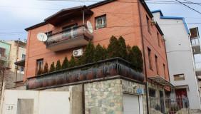 Продается или Сдаётся 7 комнатная  Частный дом на Сабуртало