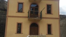 Продается или Сдаётся 5 комнатная  Частный дом в Ваке