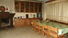 Продается или Сдаётся 10 комнатная  Частный дом в Ваке