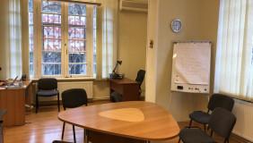 Kiralık 4   Büro & Ofis in Vake