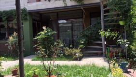 Продается 9 комнатная  Частный дом в Исани