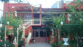 Продается 7 комнатная  Частный дом на Сабуртало