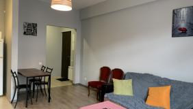 Сдаётся 4 комнатная  Квартира на Сабуртало
