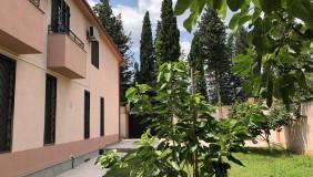 Продается или Сдаётся 6 комнатная  Частный дом на Сабуртало