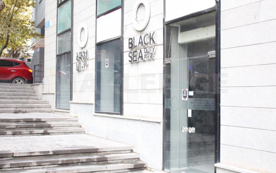 Продается Сдаётся 137 m² площадь Коммерческая площадь в Ваке  на ул. Мцкета