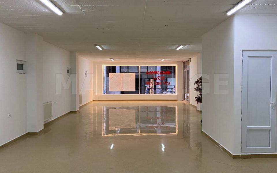 Сдаётся 192 m² площадь Коммерческая площадь в Ваке  на ул. Палиашвили