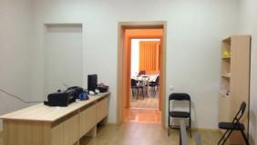 Kiralık 4   Büro & Ofis in Chugureti