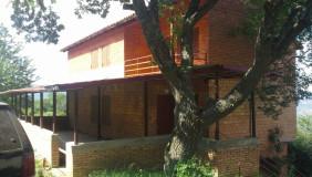 Продается 9 комнатная  Загородная недвижимост в Ваке