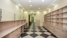 ქირავდება 110 m² ფართობის კომერციული ფართი საბურთალოზე