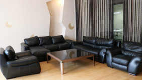 For Rent 4 room  Apartment in Vake