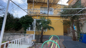 Продается или Сдаётся 6 комнатная  Частный дом в Ваке