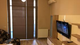 Сдаётся 2 комнатная  Квартира в Ваке