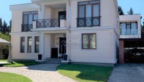 For Rent 7 room  Private House in Saburtalo