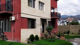 Сдаётся 11 комнатная  Частный дом на Сабуртало