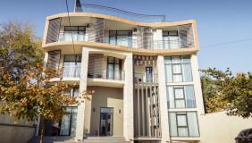 Satılık veya Kiralık 680 m²  İşyeri in Isani