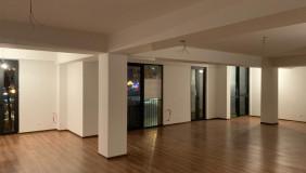 Kiralık 1   Büro & Ofis in Mtatsminda