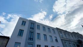 Продается 7 комнатная  Квартира на Мтацминда