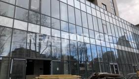 ქირავდება 1650 m² ფართობის კომერციული ფართი ვაკეში