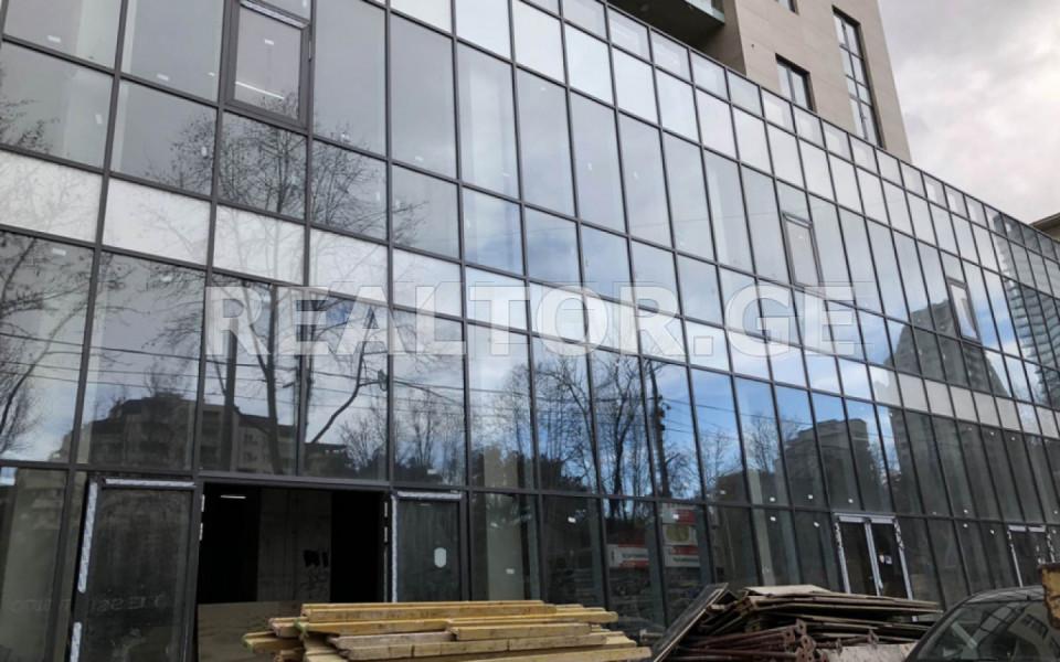 Сдаётся 1650 m² площадь Коммерческая площадь в Ваке  на пр. И. Чавчавадзе