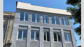 Сдаётся 9 комнатная  Офис в Чугурети