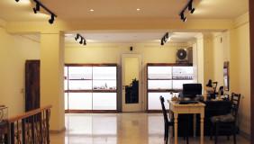 იყიდება ან ქირავდება 63 m² ფართობის კომერციული ფართი მთაწმინდაზე