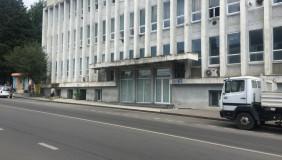 Продается или Сдаётся 20 комнатная  Офис в Надзаладеви