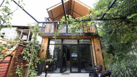 For Sale 4 room  Private House in Mtatsminda
