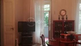 Продается 5 комнатная  Квартира в Чугурети