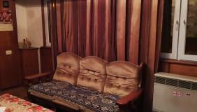 Продается 4 комнатная  Квартира в Чугурети