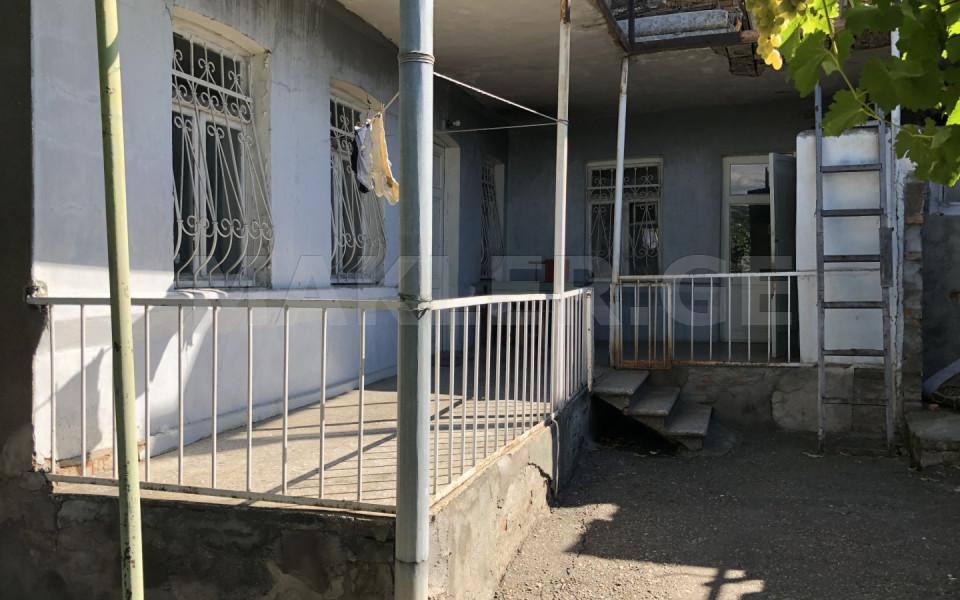 Satılık 6   Villa in Nadzaladevi  in Kisiskhevi st.