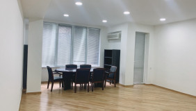 For Sale or For Rent 4 room  Office in Vake